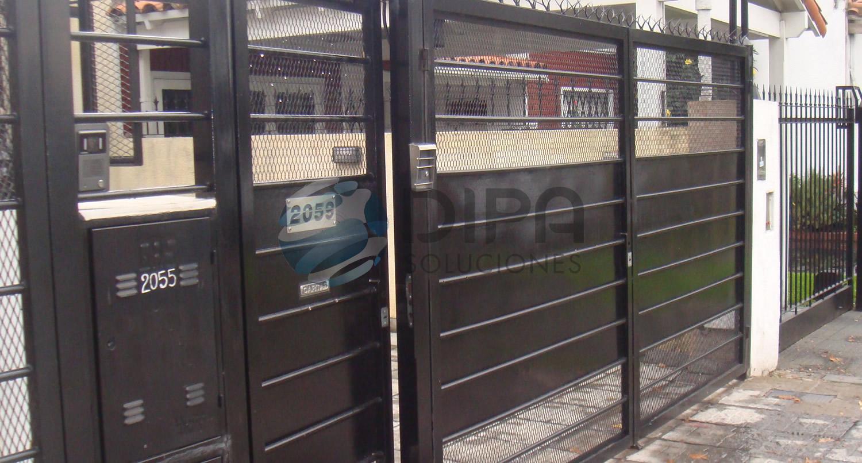 Portones y puertas related keywords portones y puertas for Puertas y portones de madera